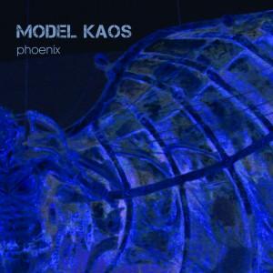 Model Kaos – Phoenix